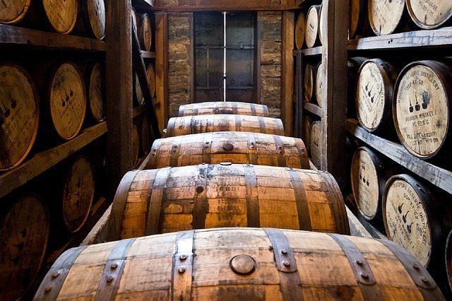 bourbon-destilería
